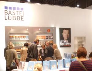 Frankfurta_librofoiro_2012_eldonejo_Bastei_Lübbe_b