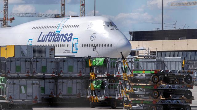 Lufthansa fliegt weniger Verluste ein