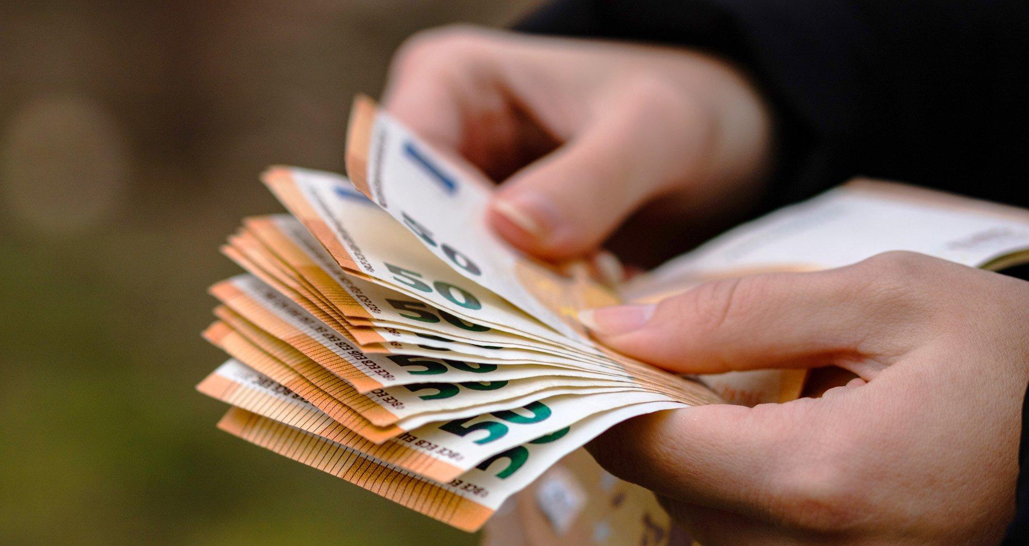 Geldwäsche und Korruption: EU setzt Limit bei Bargeldgeschäften